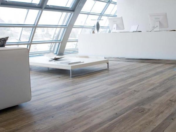 Gallery lavori realizzati con pavimenti ad incastro with for Parquet in pvc ikea